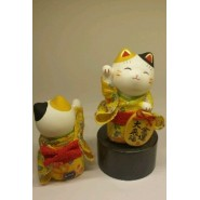 Lucky Cat with Yellow Kimono